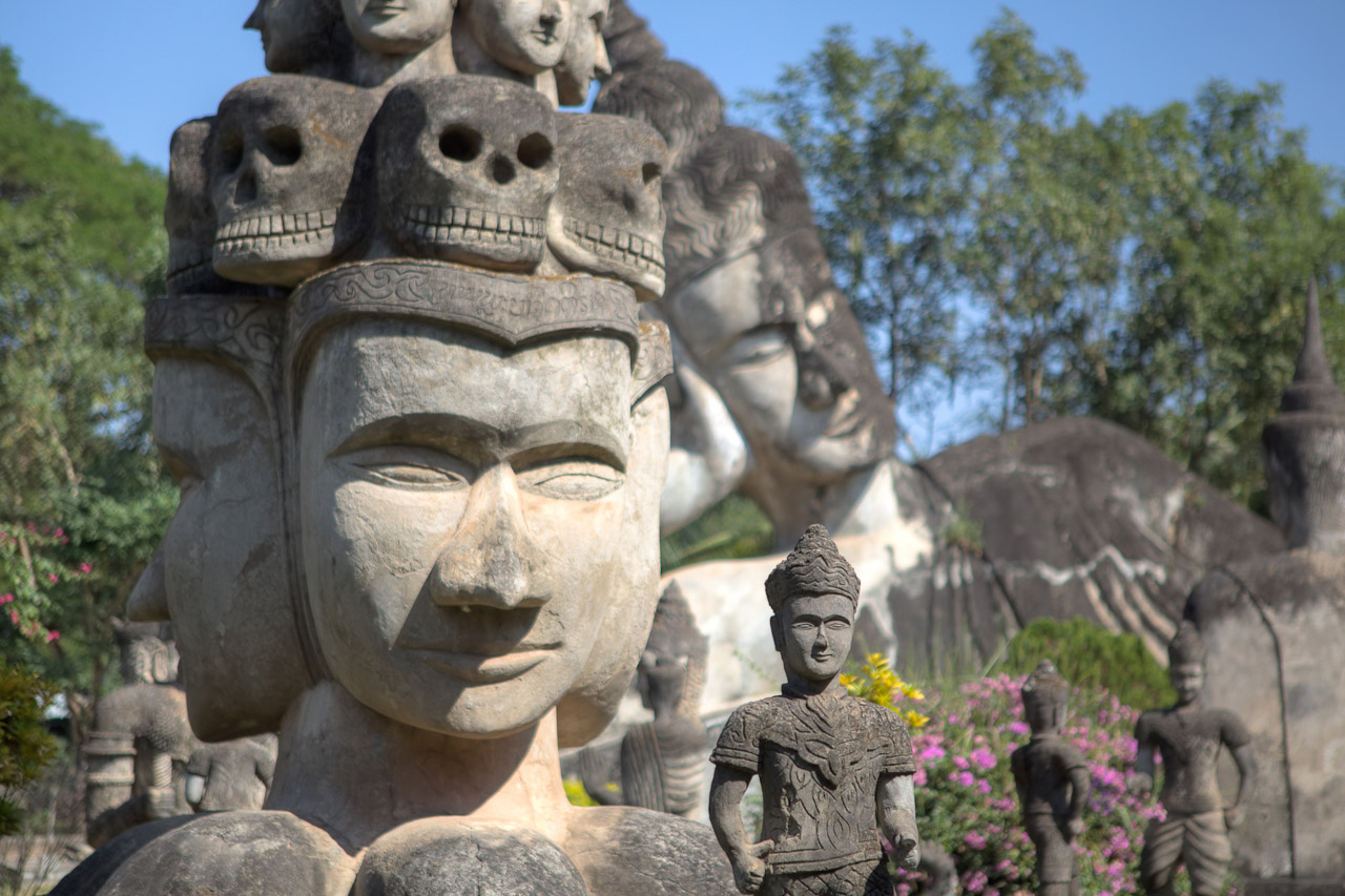 05D9C - Private Tour: Vientiane City and Buddha Park Full-Day