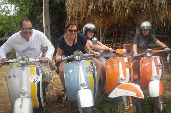 199DB - Vespa Tour - Hoi An, Countryside and Islands Explorer