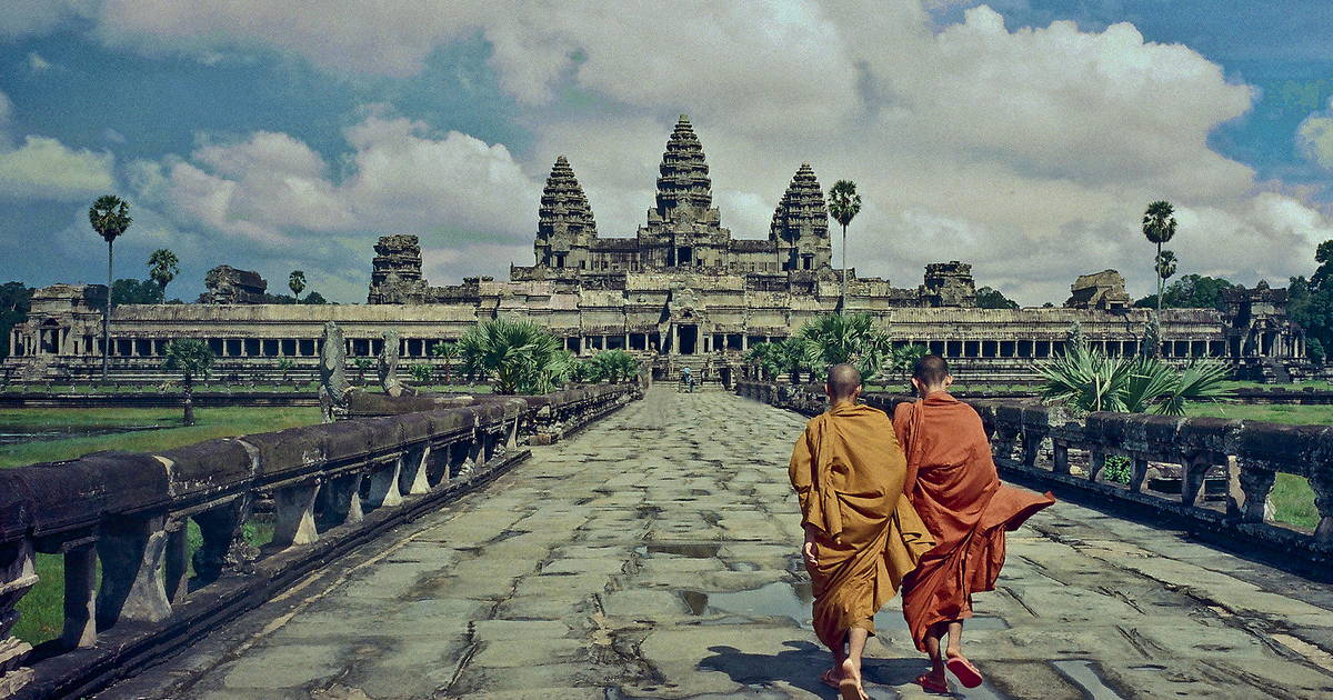 25E02 - Private Tour: Angkor Wat and The Royal Temples Full-Day