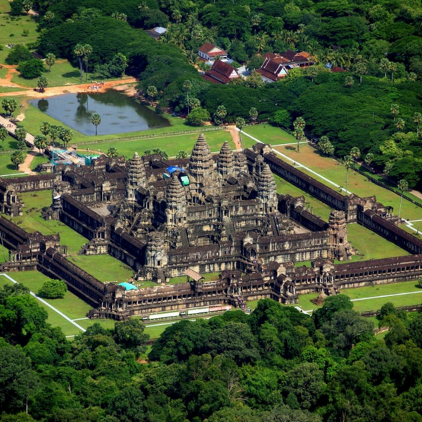 Private tour - Angkor Wat Helicopter Flight Full-Day